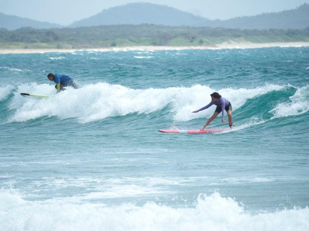 Arianna sul surf a Sydney