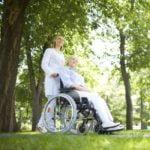 Lavorare come assistente agli anziani