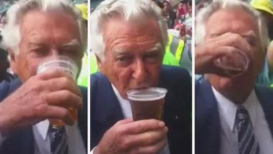 Ex Primo Ministro australiano: birra da record